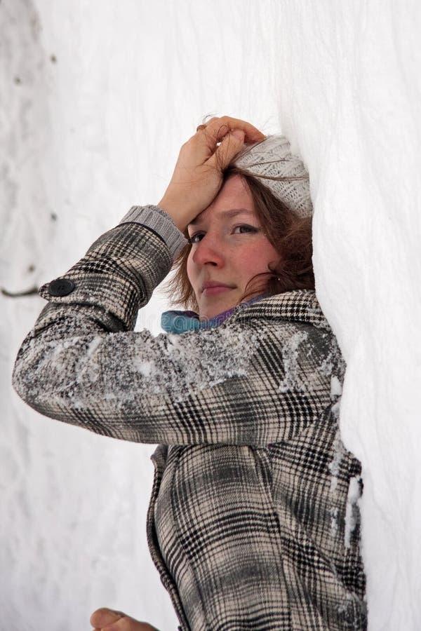 Menina com neve imagens de stock
