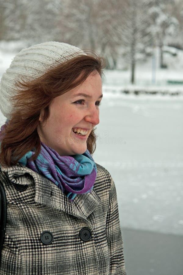 Menina com neve imagem de stock