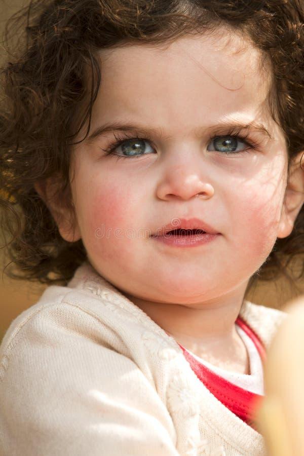 Menina com olhos azuis fotografia de stock royalty free