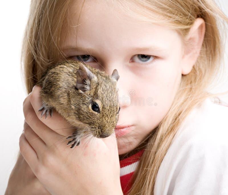 Menina com rato imagem de stock