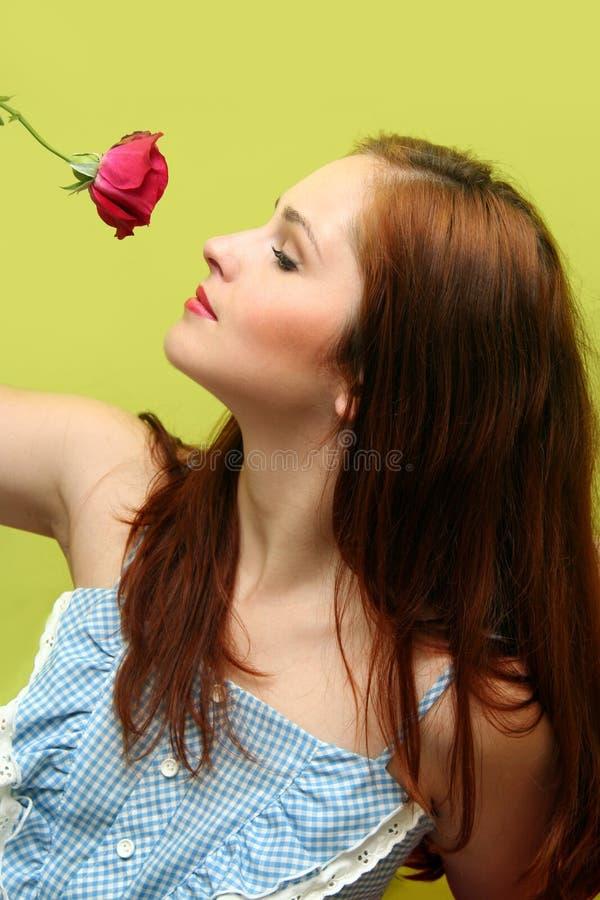 Menina com a rosa imagens de stock royalty free