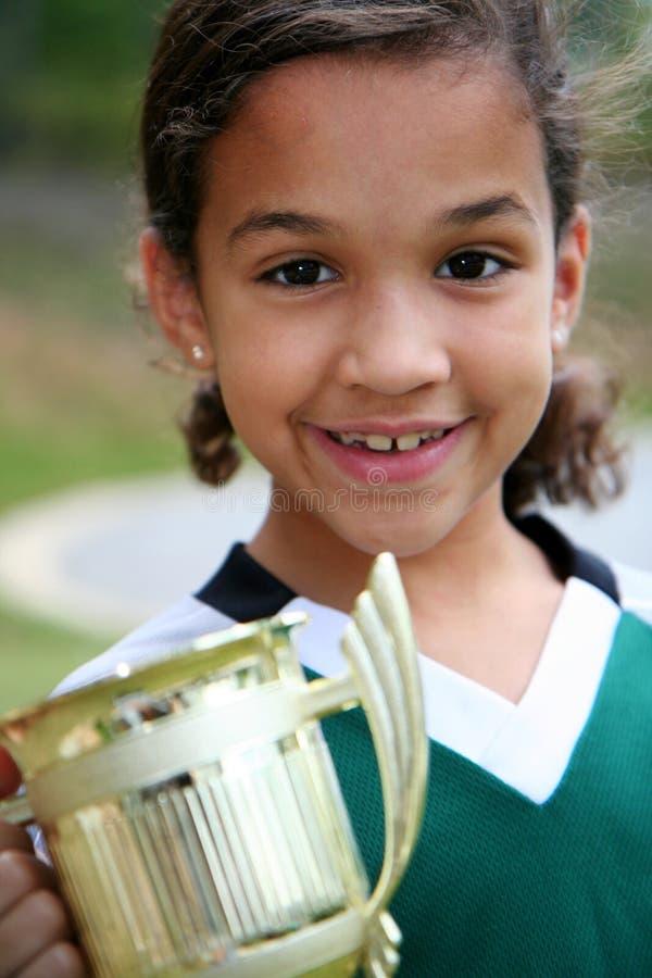 Menina com troféu fotos de stock