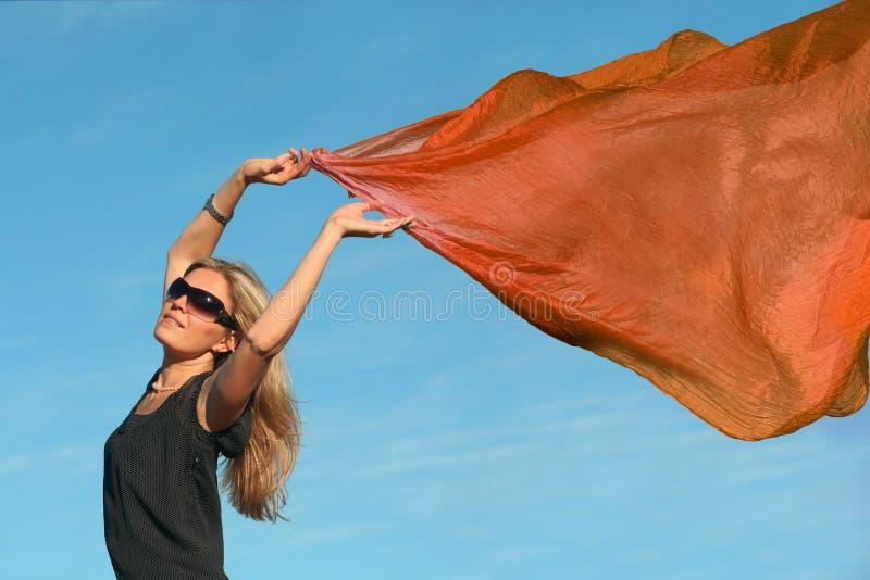 Menina com um lenço fotos de stock