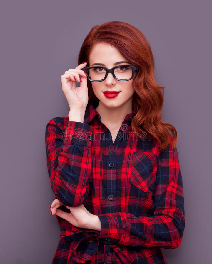 Menina com vidros fotografia de stock royalty free