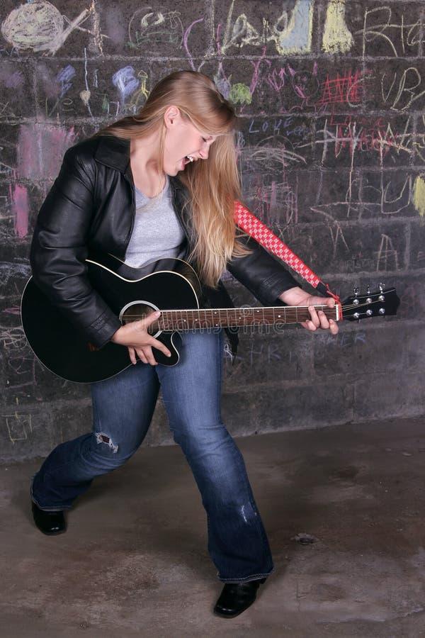 Menina da estrela do rock fotografia de stock royalty free