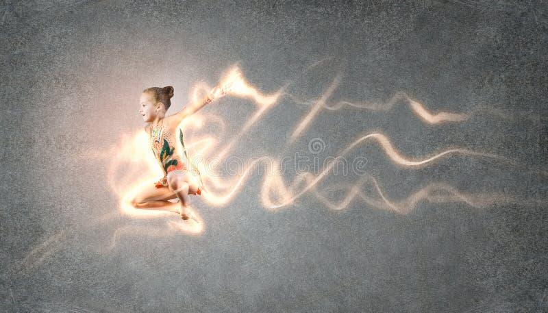 Menina da ginasta fotos de stock royalty free