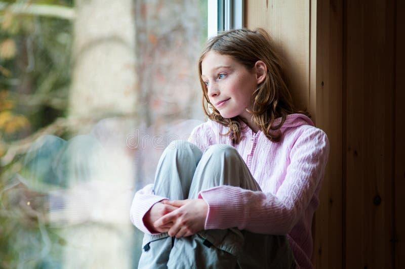 Menina da idade do Tween fotografia de stock