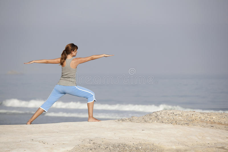 Menina da ioga imagens de stock