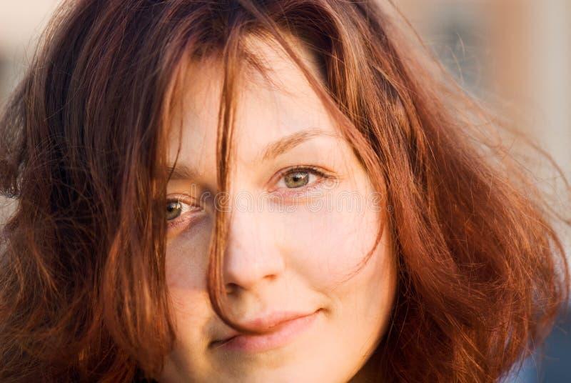 Menina de cabelo vermelha fotos de stock royalty free