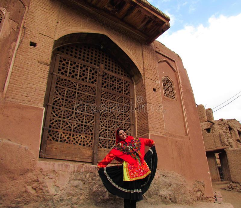 A menina de dança, Irã fotografia de stock royalty free