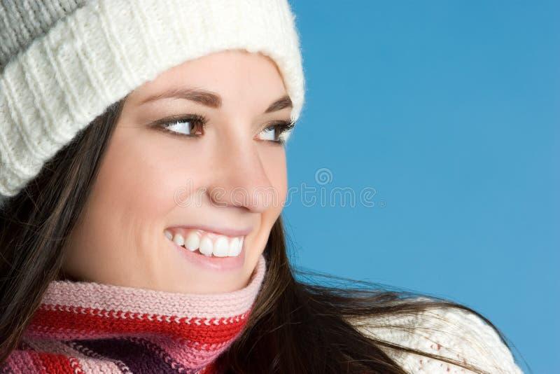 Menina de sorriso do inverno imagens de stock royalty free