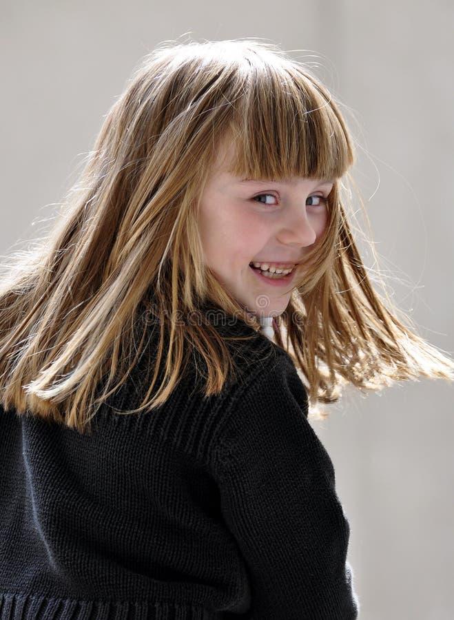 Menina de sorriso do litle fotografia de stock