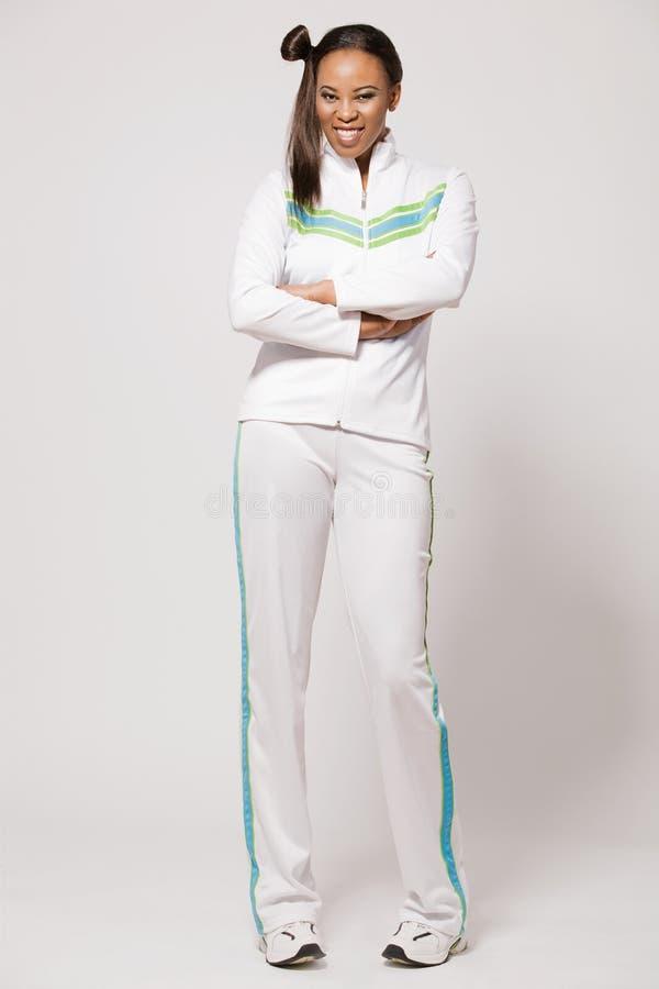 Menina do African-american no equipamento do esporte. imagens de stock royalty free