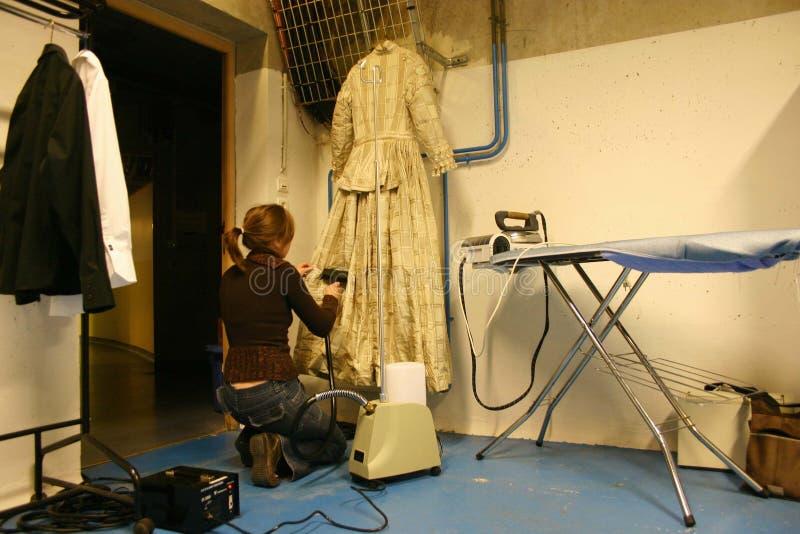 Menina do aparelhador em um teatro fotografia de stock royalty free