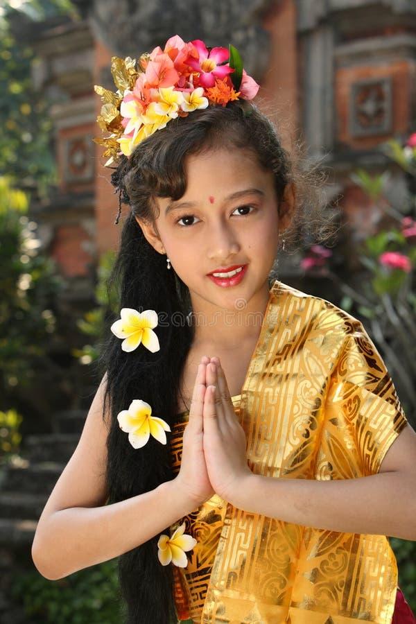 Menina do dançarino de Bali foto de stock royalty free