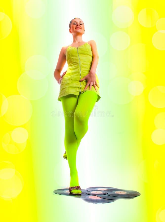 Menina do disco com vinil fotografia de stock