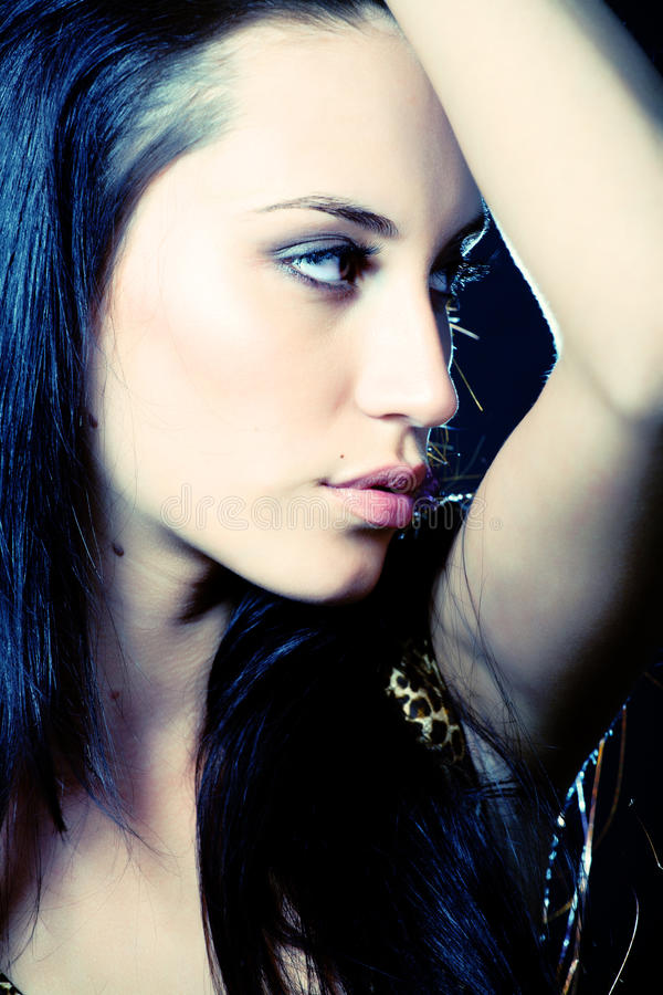 Menina do disco. Retrato da menina atrativa fotografia de stock royalty free