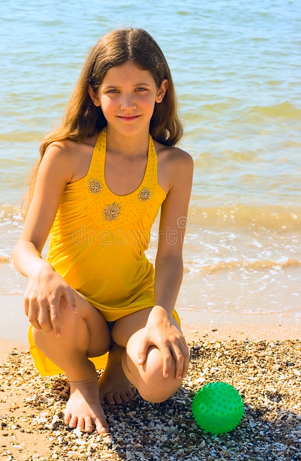 Menina do divertimento do retrato fotografia de stock royalty free