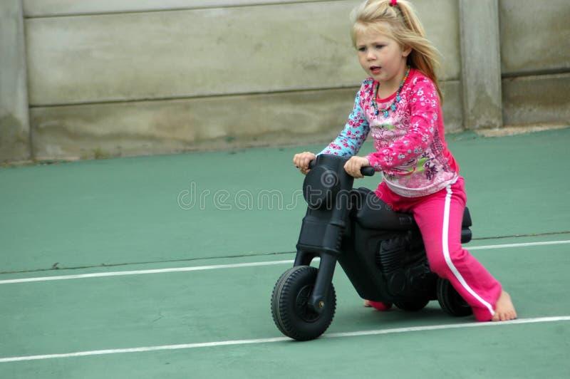 Menina do motociclista fotografia de stock