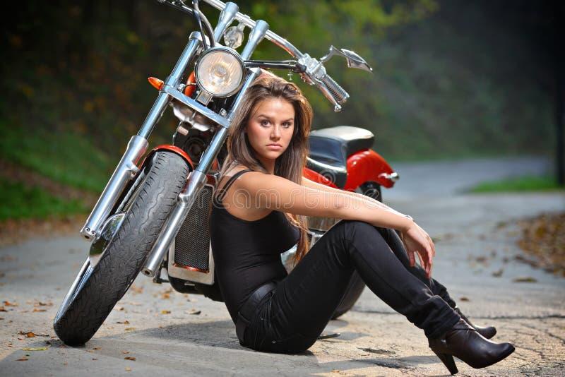 Menina do motociclista foto de stock royalty free