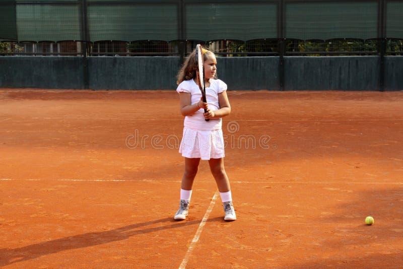 Menina do tênis fotografia de stock royalty free
