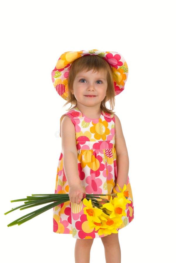 Menina do tiro do estúdio com flores foto de stock royalty free