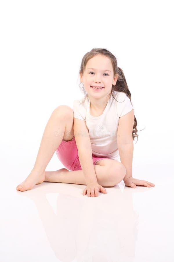 Menina dos cinco anos bonitos fotos de stock