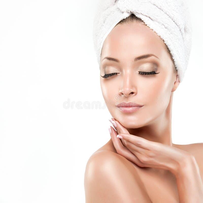 Menina dos termas com pele limpa fotografia de stock royalty free
