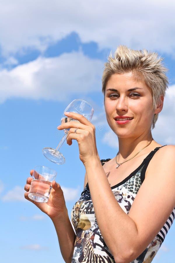 Menina e água imagem de stock royalty free