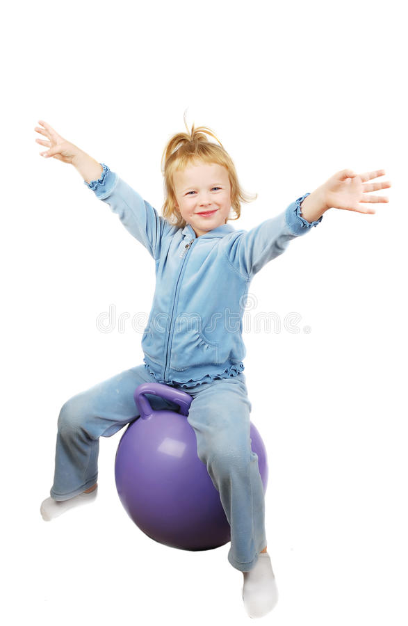 Menina e esfera da aptidão fotografia de stock royalty free