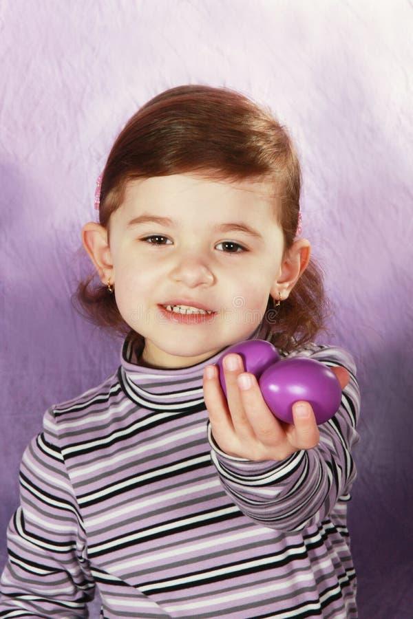 Menina e ovos da páscoa fotografia de stock