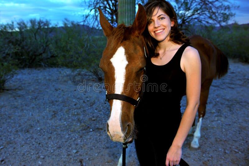 Menina e seu cavalo imagem de stock royalty free