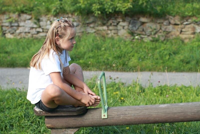 Download Menina em um balanço foto de stock. Imagem de pedra, retrato - 26513624