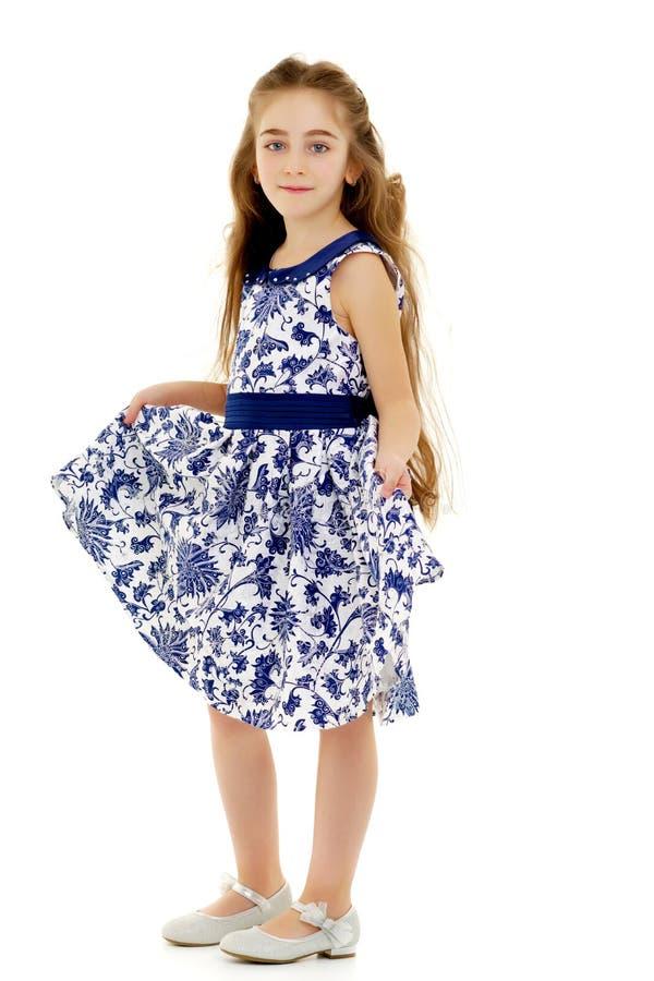 Menina em um vestido elegante imagens de stock