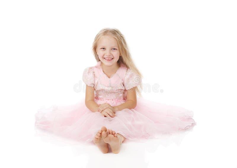 Download Menina Em Um Vestido Elegante Cor-de-rosa. Imagem de Stock - Imagem de meninas, roupa: 16868035