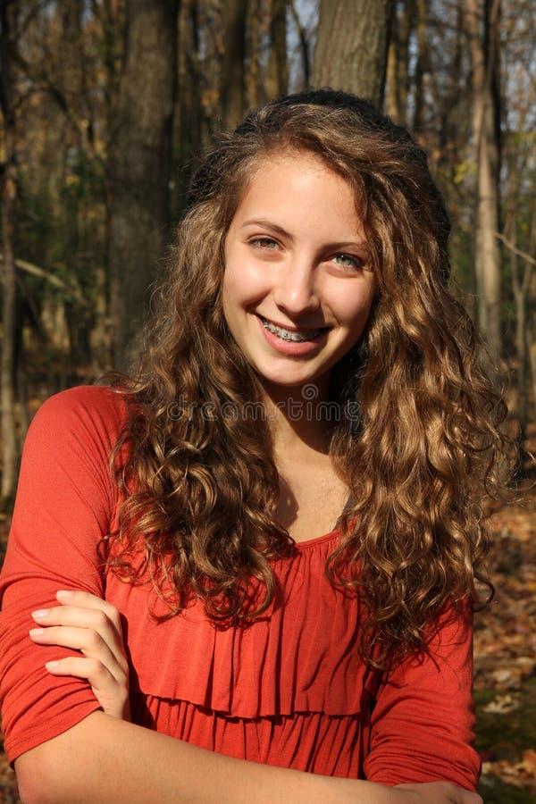 Menina em uma floresta fotografia de stock