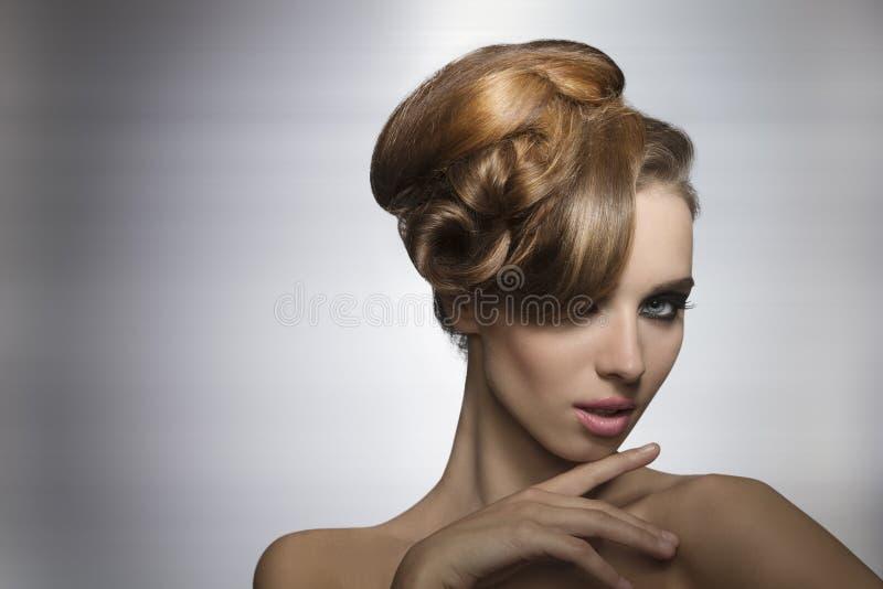 Menina encantador no retrato da beleza foto de stock