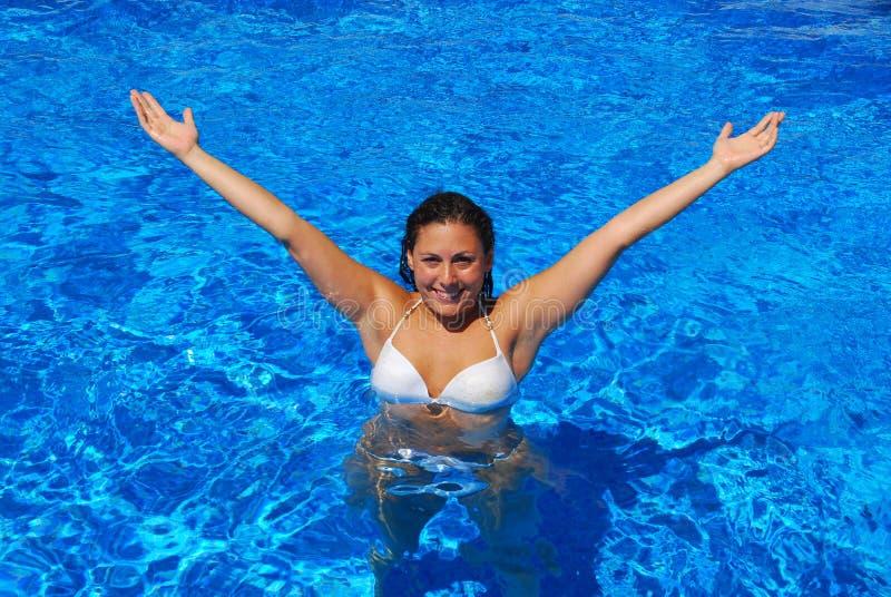 Menina feliz na associação imagem de stock royalty free