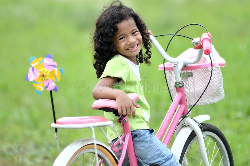 Menina feliz pura imagem de stock royalty free