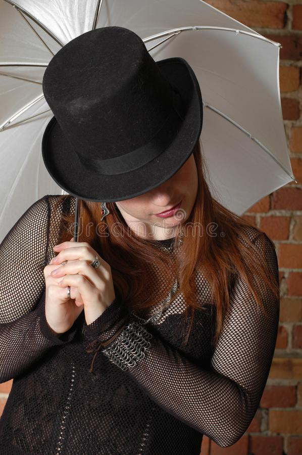 Menina gótico com chapéu fotos de stock royalty free