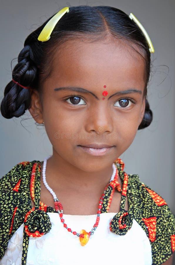 Menina indiana bonito da vila imagens de stock royalty free