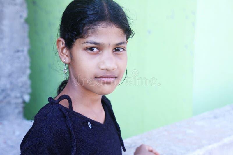 Menina indiana da vila imagem de stock