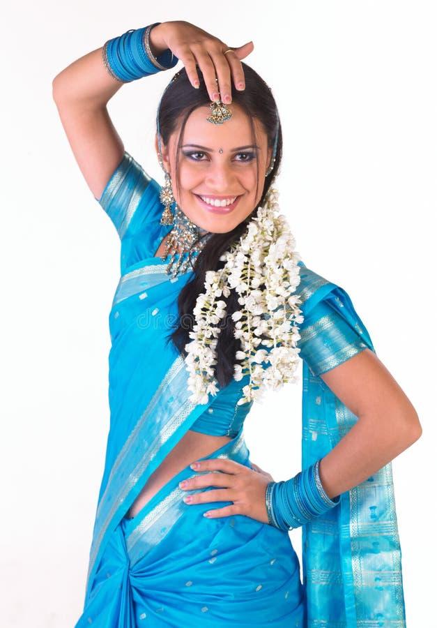 Menina indiana em um pose da dança fotos de stock