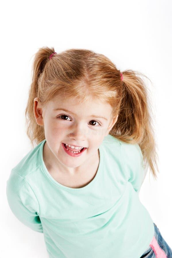 Menina lindo da criança de três anos imagens de stock royalty free