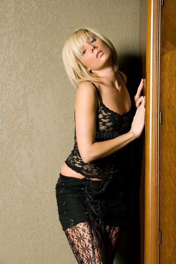 Menina loura elegante 'sexy' imagem de stock