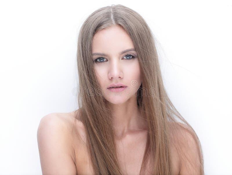 Menina modelo à moda que olha a câmera fotografia de stock royalty free