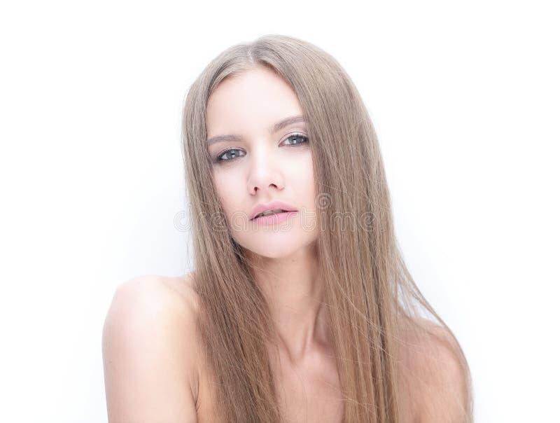 Menina modelo à moda que olha a câmera fotos de stock royalty free