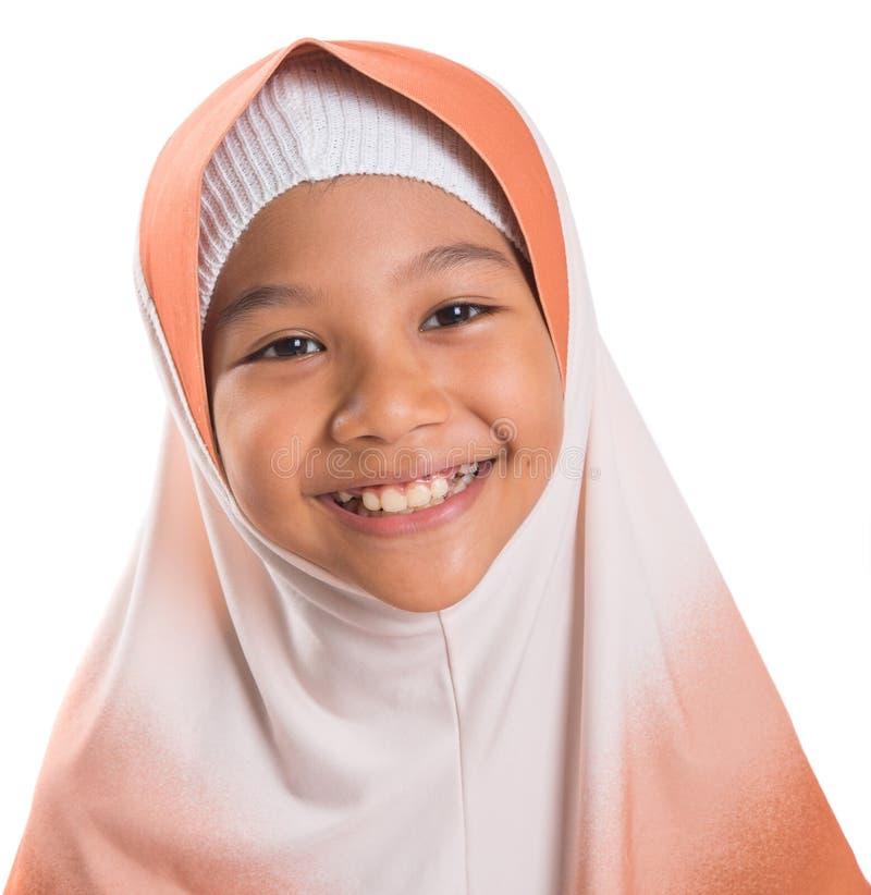 Menina muçulmana nova com Hijab III imagem de stock royalty free