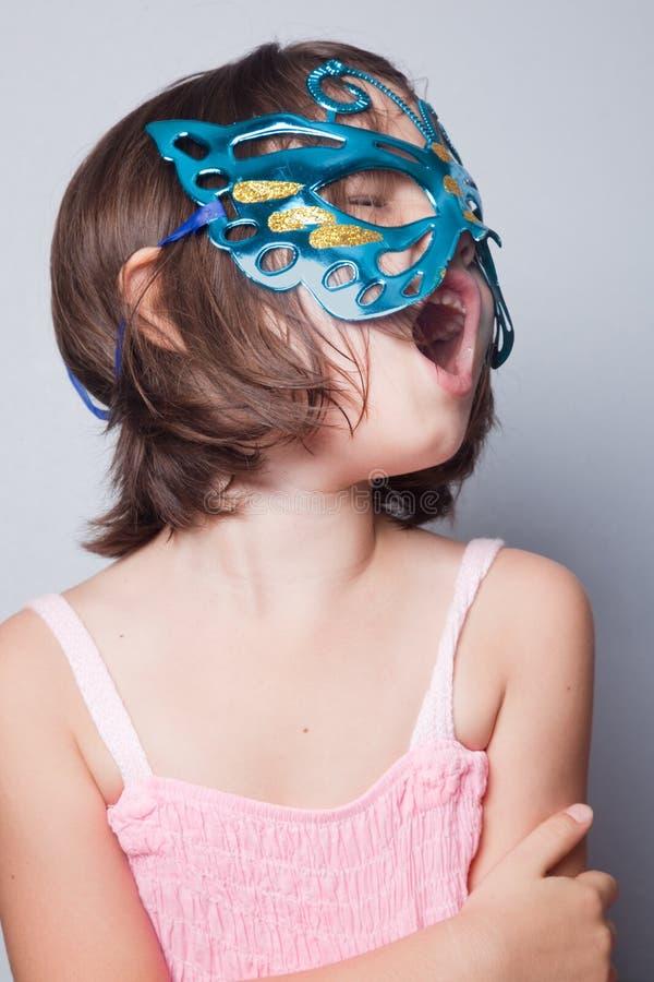 Menina na máscara do carnaval fotos de stock royalty free