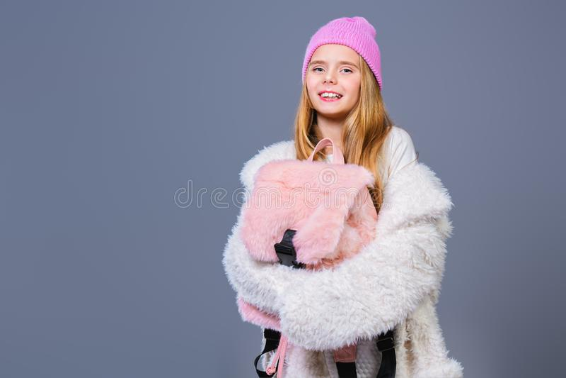 Menina na moda feliz fotos de stock